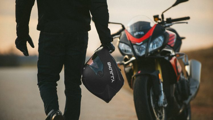 10 Best Bluetooth Motorcycle Helmets in 2020 - Review & Guide